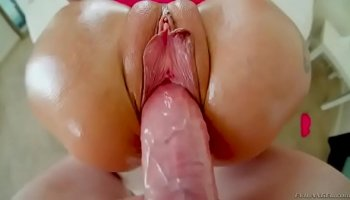 Raw 09 - Scene 04: Veronica Avluv