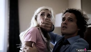 https://www.fullxxxvideos.net/video/1856/darkx-piper-perri-getting-over-her-fear-of-heights/