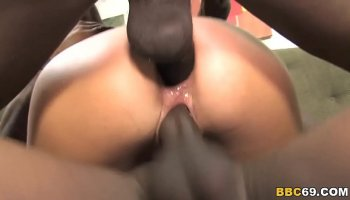 Blacks On Cougars - Alura Jenson