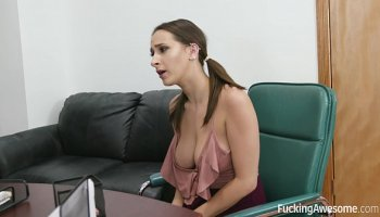 Ashley Fires And Riley Reid - The Foot Job