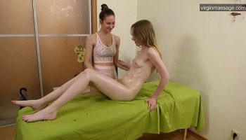 https://www.fullxxxvideos.net/video/5508/big-breast-anime-caught-and-poked-by-tentacles-monster/