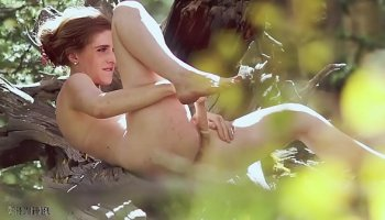 https://www.fullxxxvideos.net/video/11512/chinese-college-teen-fingered-and-squirt/