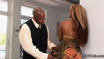 https://www.fullxxxvideos.net/video/13604/mixed-indian-n-black-preg-pussy-slammed-p1/