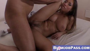 https://www.fullxxxvideos.net/video/14352/daughter-sucking-dad-s-dick-and-licks-her-mother-s-pussy/